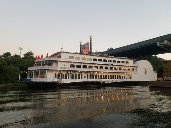 Southern Belle Riverboat Cruise照片