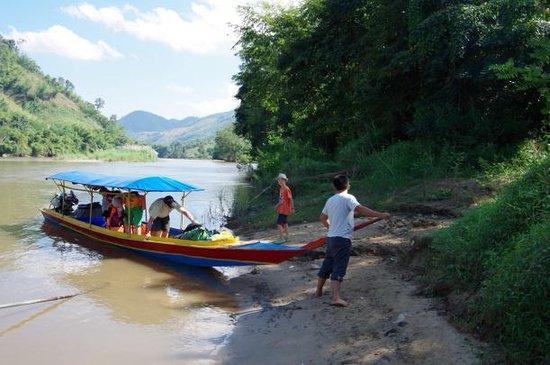 Tha Ton Boat Trip