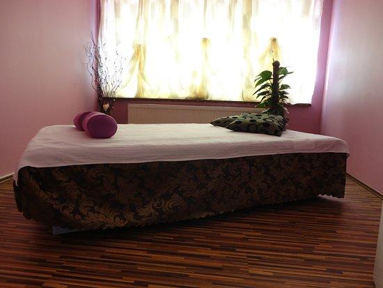 Xiang Massage