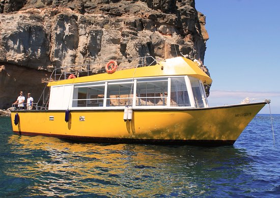 Yellow Boat Mogan Boat & Snorkel Excursions: Our lovely Yellow Boat!