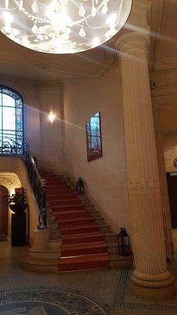 Escalier de l'entrée