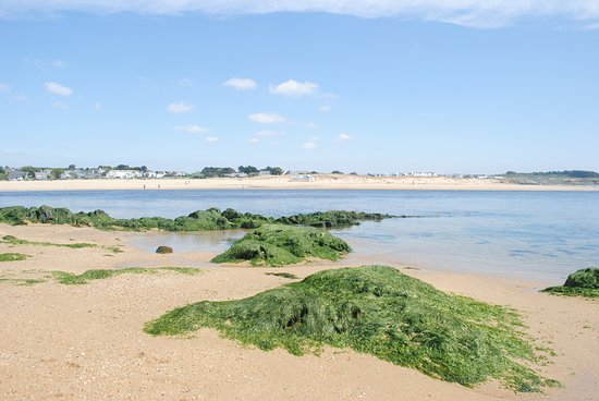 Le Pouldu, Pháp: The beach a few minutes from Café le « Ster Laïta »