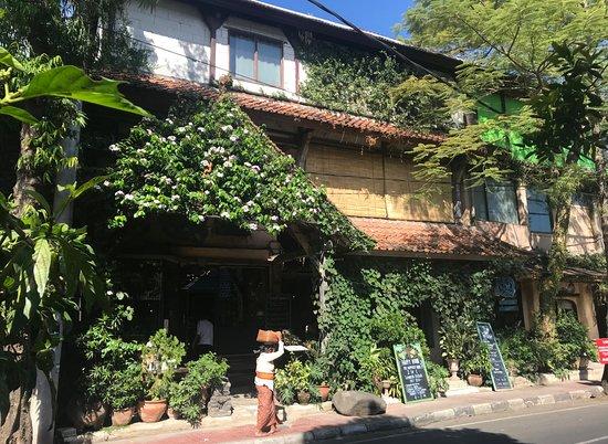 Kebun Bistro: Fachada del Restaurante