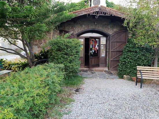 Vecchia Osteria U Nozzularu Photo