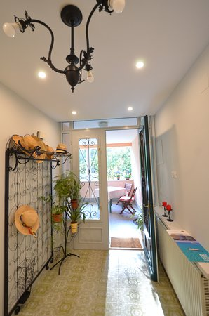 Villa Katarina :  entrance, reception