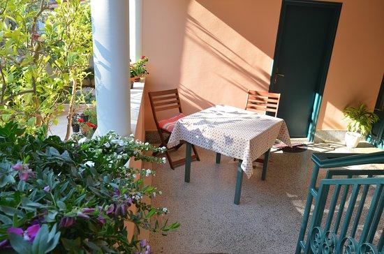 Villa Katarina : room Orange Sunset - terrace