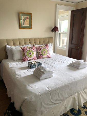 Arrow Park: Bed