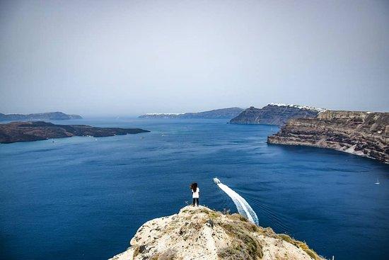 Megalochori - Traditional Village: Tra Thira e Megalochori vi è un sentiero nascosto ove è possibile ammirare a 360° Santorini.