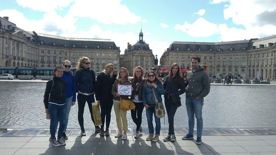 ‪Free Walking Tours Bordeaux‬