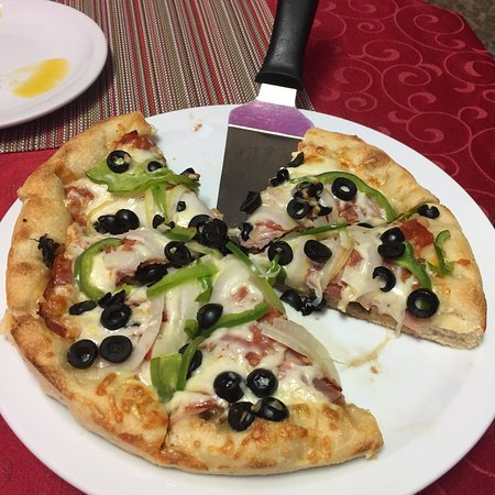 Johnny Hooper's Saxophone Bistro: Amazing pizza