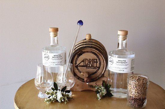 Long Beach, WA: Adrift Distillers Whiskey Kits