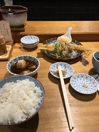 Kaneko Hannosuke Nihombashi: 大満足のお料理