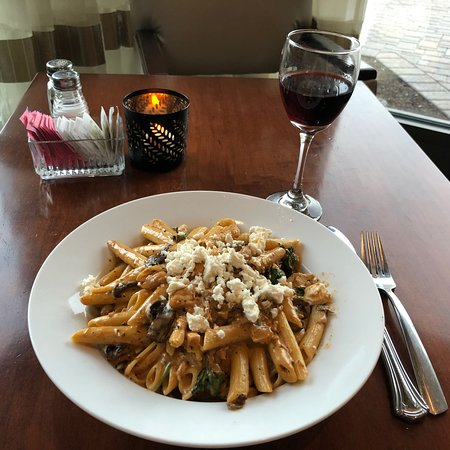 Best Western Plus The Arden Park Hotel: Penne parts with basil tomato cream sauce.  NOM!