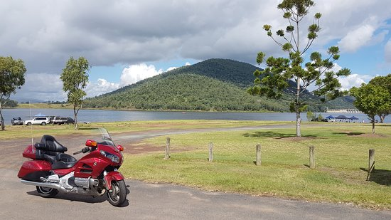 Somerset Dam, ออสเตรเลีย: The Spit at Somerset