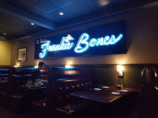 Frankie Bones Restaurant and Lounge Foto