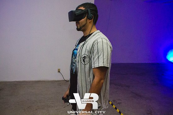 Virtual Reality Games Los Angeles: fun things to do in LA for a Saturday night, Father's Day out