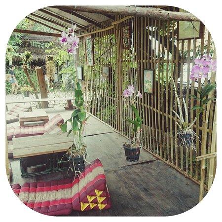 Easy Garden Cafe