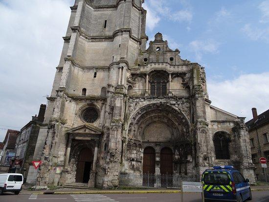 Eglise Notre-Dame de Tonnere