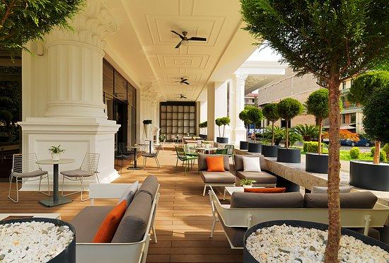 Lobby Terrace (322304303)