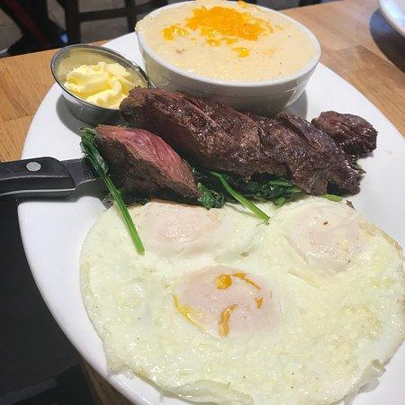 Green Eggs Cafe张图片