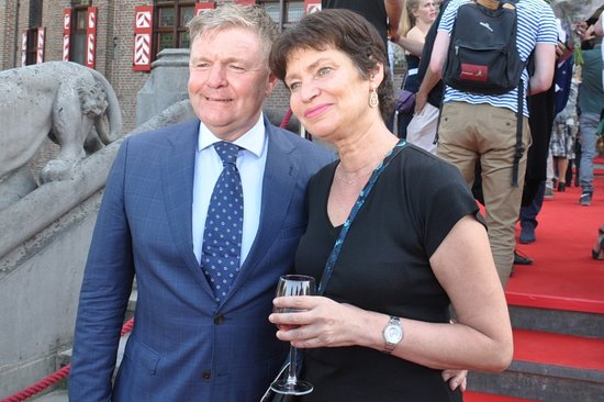 Haarzuilens, Paesi Bassi: Barones Alexandra en gastconservator Renee Mioch