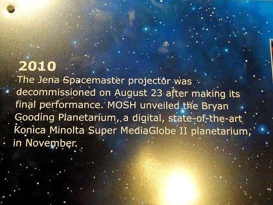space exhibit - planetarium projector - Picture of Museum of