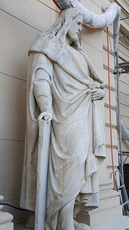 Dürer Statue