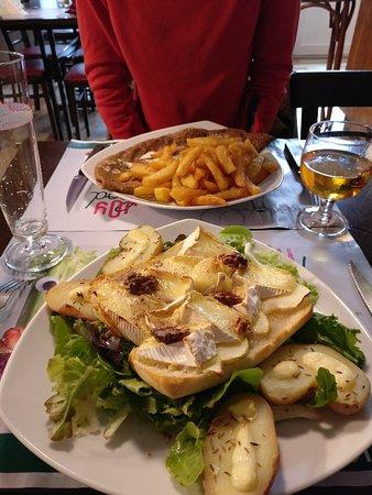 Genets, France: IMG_20180606_195115_large.jpg