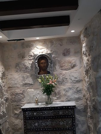 """Gloria Hotel: L'angolo """"religioso"""" ( la famiglia proprietaria è cristiana)"""