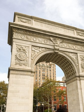 Washington Square Park: The Arch