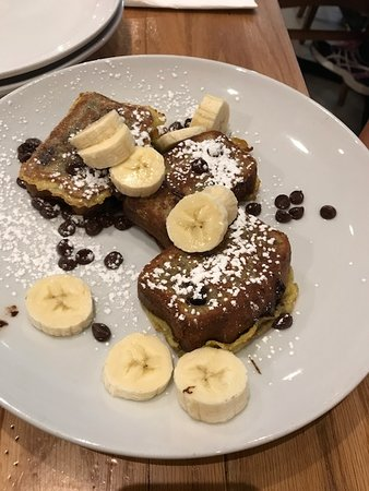 Wildberry Pancakes and Cafe: Chocolate Banana Bread French Toast