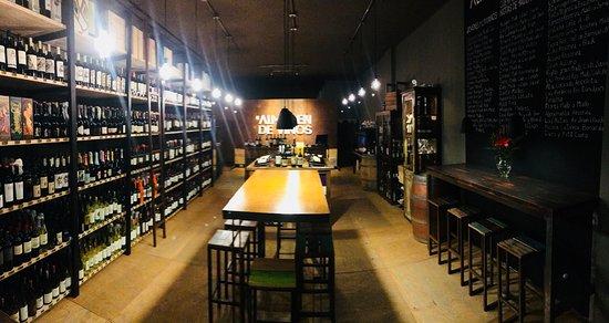 Wine Bar Almacen de Vinos