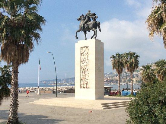 Monumento ad Armando Diaz Duca della Vittoria di Francesco Nagni