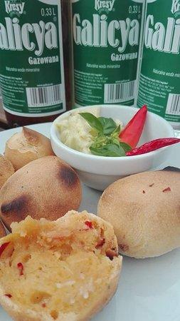 Narol, Polska: Kulki chlebowe