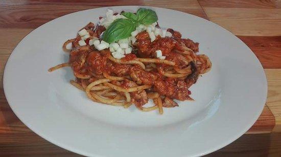 Narol, Polska: Spaghetti bolognese