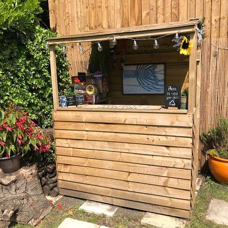 South Normanton, UK: New garden terrace with outdoor bar