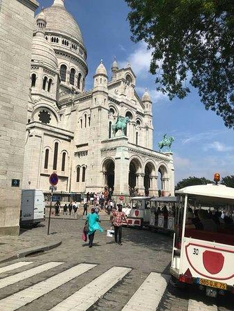 Private Taxi Disney Paris: View of the City of Paris from the Basillica of  Sacré-Cœur.