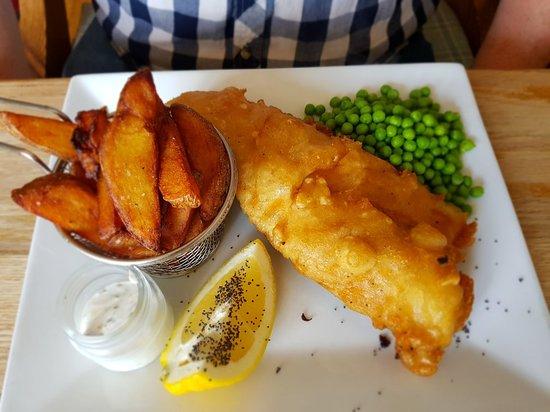 Rolvenden, UK: Fish n chips, sea bass, tiger prawns and whitebait