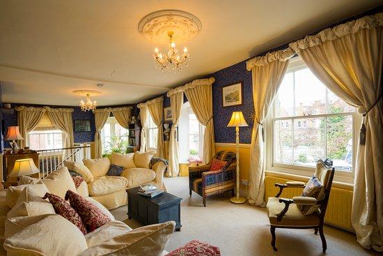 Britannia House: Guest Lounge
