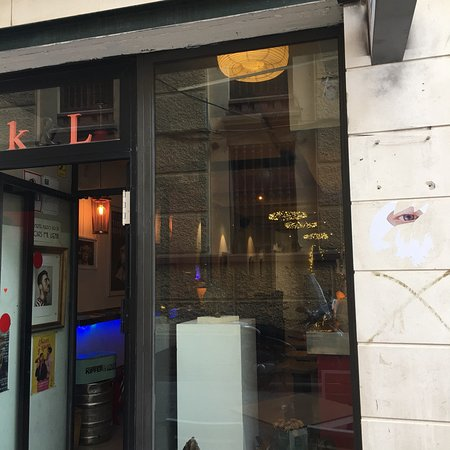 Restaurante kipfer and lover en m laga con cocina otras for Cocinas malaga precios
