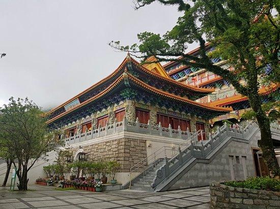 Po Lin (Precious Lotus) Monastery: 20180607_145927-picsay_large.jpg