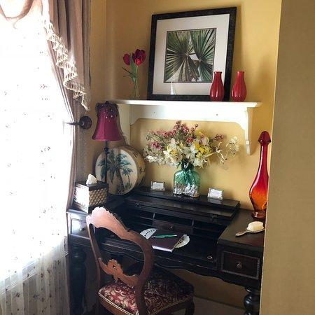 Green Palm Inn: photo1.jpg