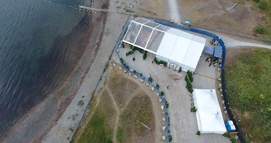 Surrey, Canadá: Our Beachfront venue seen from above