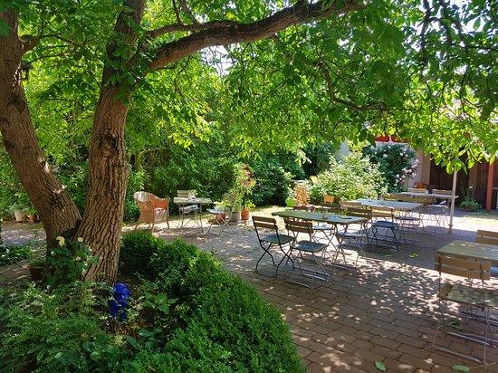 Fehrbellin Wustrau-Altfriesack, Germany: Toller idyllischer Garten