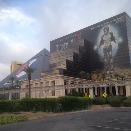 Excalibur Hotel & Casino Photo