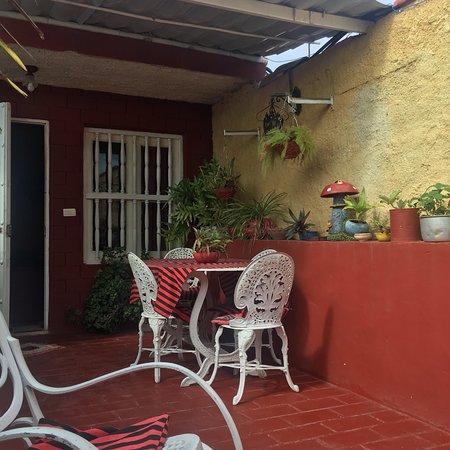 Hostal La Casa Roja
