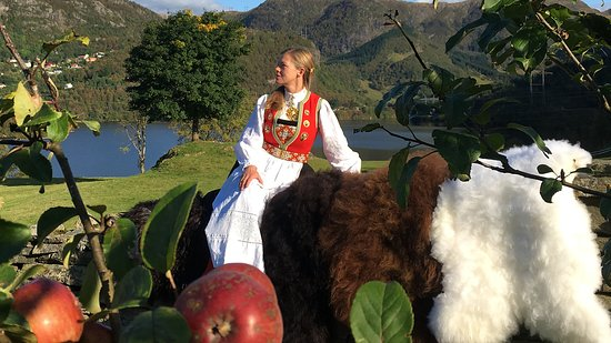 Øvre-Eide Gard - Farm: Our Hanne in a traditional national costume.