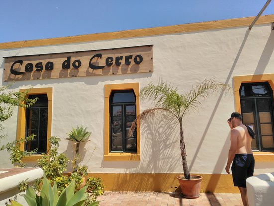 Casa do Cerro: Top of the hill