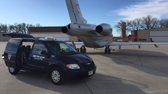 Sioux Falls, Dakota du Sud : Metro Cab Transportation And Taxi Cab Company