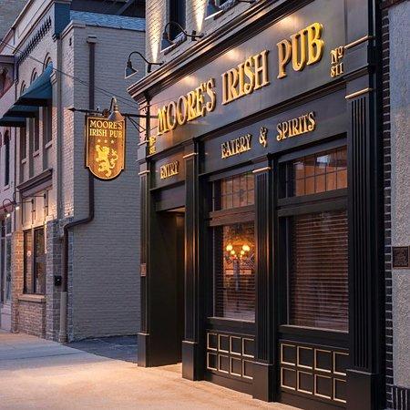 Moore S Irish Pub